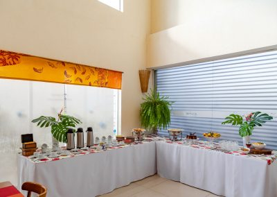 cosy-casa-original-sala-varanda-jardim-buffet-coffee-refeicao-01145